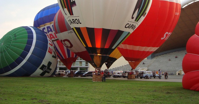 Balloon set up in Vilnius©Anonymous/Flickr