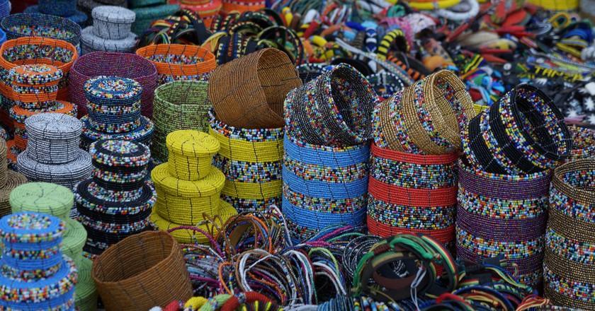 Beaded products at a Maasai market   © Travelholic Path / Flickr