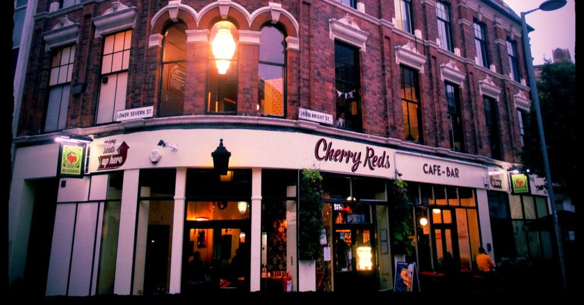 Cherry Reds cafe bar | © Diego Sideburns/Flickr