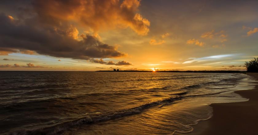 Stunning sunset at Koh Kong © CHAINFOTO24/ Shutterstock