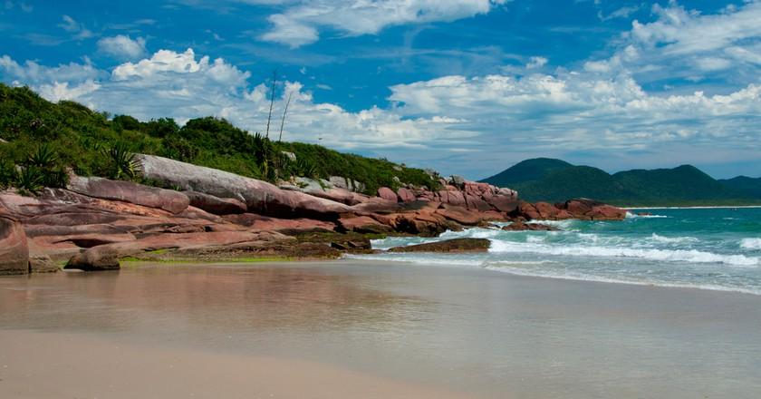 Beach in Florianópolis Brazil   © tomtsya/Shutterstock