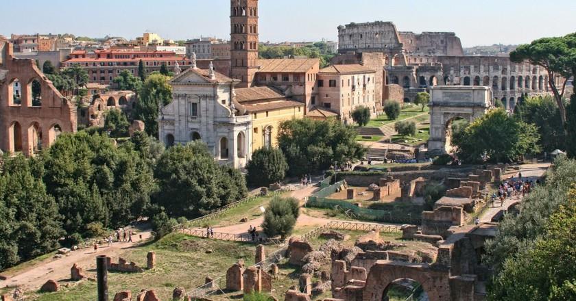 Roman Forum and Colosseum | © DomyD/ Pixabay