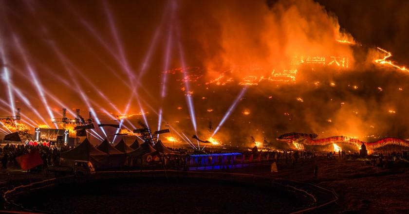 Things heat up at the Jeju Fire Festival | © Jeju Tourism Organization