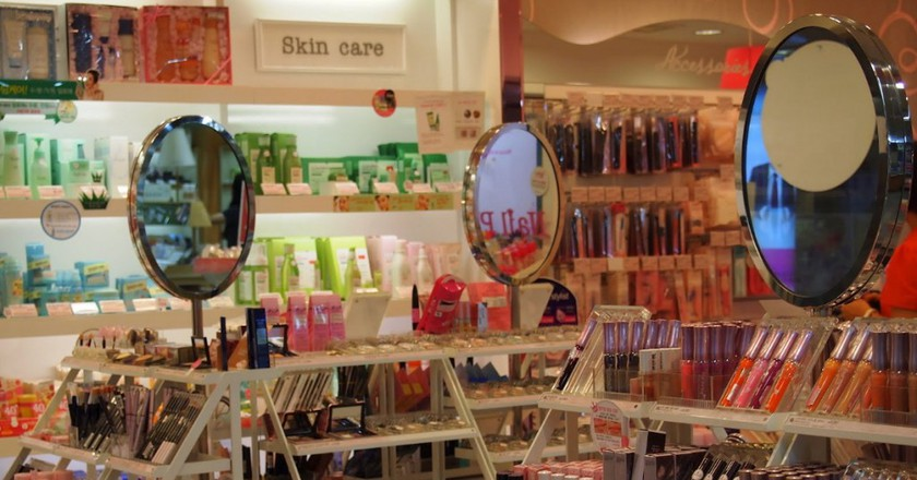 Cosmetics on display in South Korea | © Mimsie Ladner