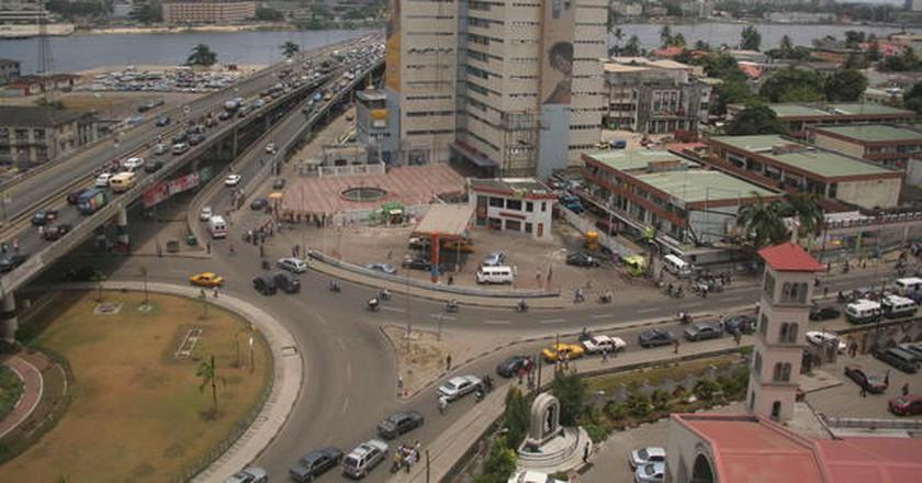 Falomo Bridge, Lagos |© Ulf Ryttgens/Wikicommons