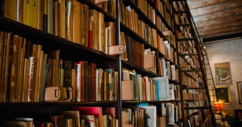 Library ladders | © Lucía Cruz Fotografía