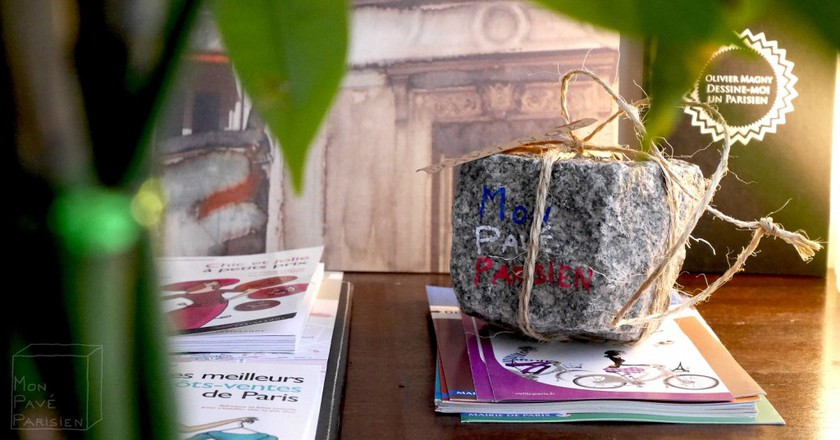 A gifted cobblestone| Courtesy of Mon Pavé Parisien