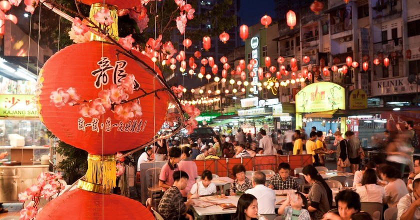 Street restaurant Jalan Alor in heart of Kuala Lumpur | © Migel / Shutterstock