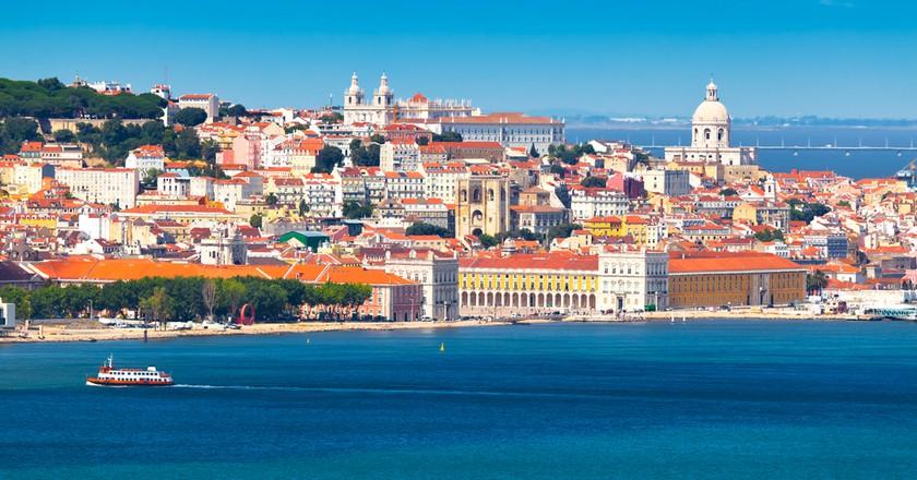 Lisbon | © INTERPIXELS / Shutterstock