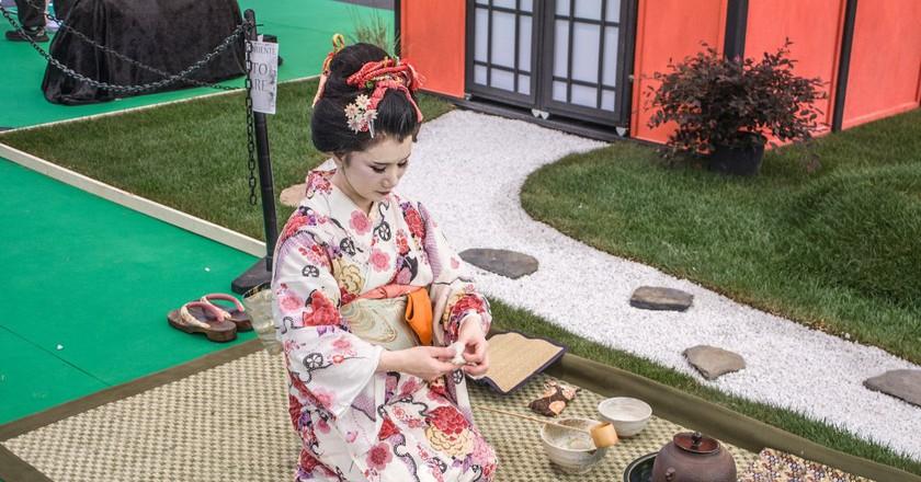 Japanese Tea Ceremony  © Shadowgate  Flickr
