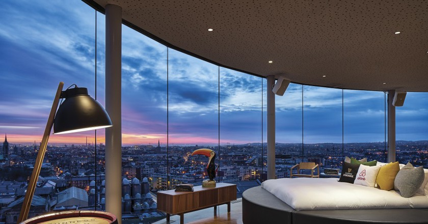 Gravity Bar | Courtesy of Guinness / Airbnb