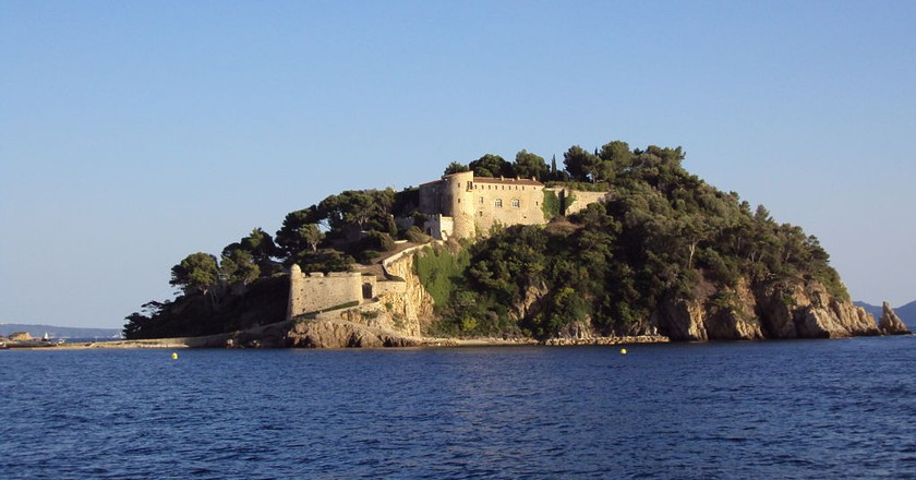 The Fort de Brégançon has played host to many of the French presidents since the 1960s   © Patrub01/WikiCommons