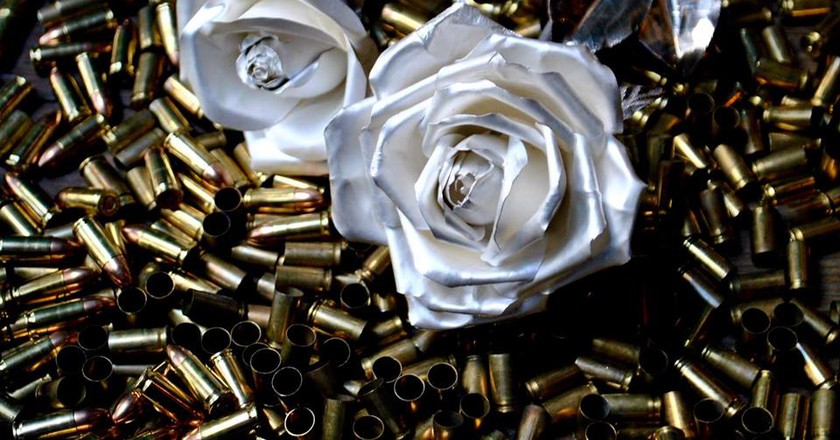 Roses and Bullets © Roses for Peace/Facebook