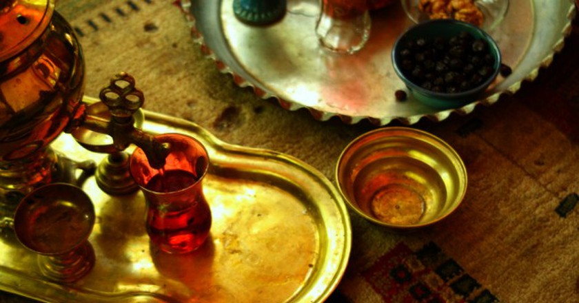 Persian tea served from a samovar | © Blondinrikard Fröberg / Flickr