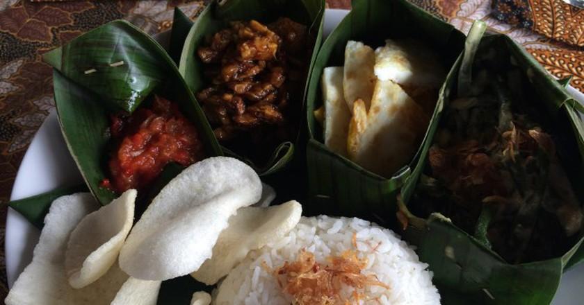 Vegetarian nasi campur in Bali   © Kars Alfrink / Flickr