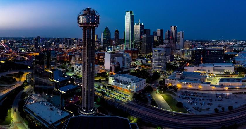 "<a href=""https://www.flickr.com/photos/daxis/28267845352/"" target=""_blank"">Dallas | © Daxis / Flickr</a>"