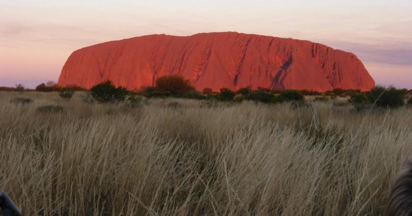 Uluru (Ayers Rock) at sunset, Uluru-Kata Tjuta National Park, Australia | ©  Paul Mannix / Flickr