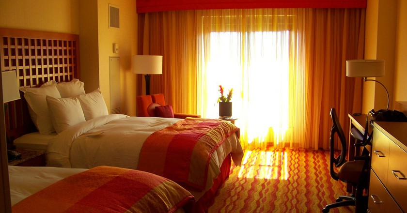 Hotel Room | © Elizabeth Greene/Flickr
