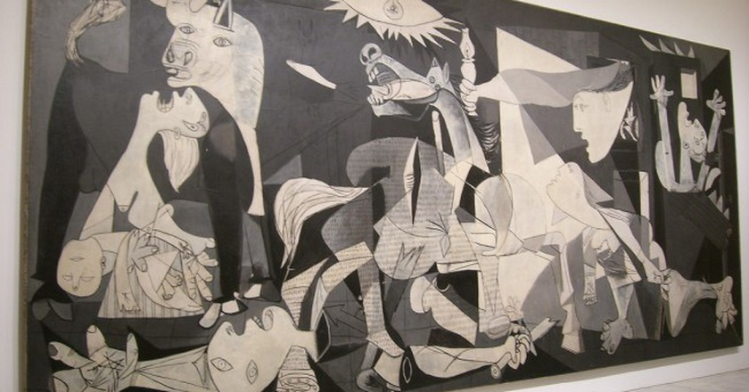 Guernica by Pablo Picasso | © Peter Collins / Flickr
