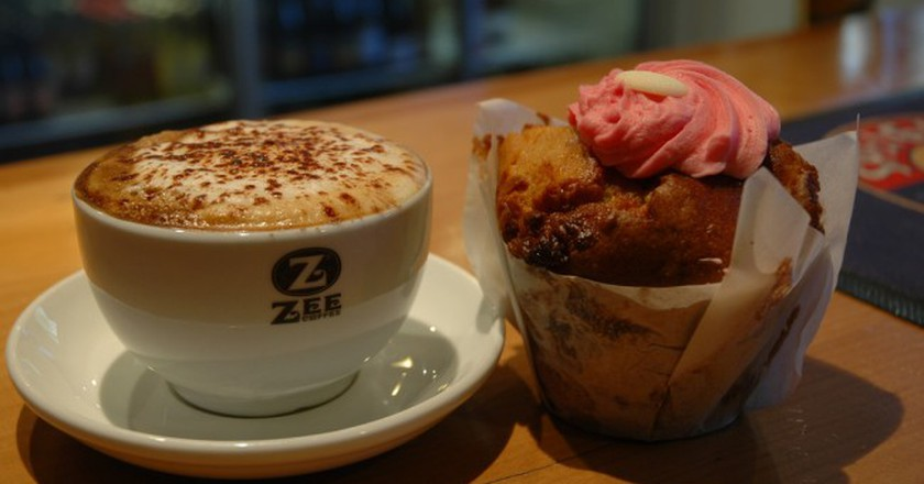 """<a href=""""https://www.flickr.com/photos/queenstownrafting/6030963292/in/photolist-abWggJ-abTpHi"""" target=""""_blank"""">Coffee and Muffin from Cavells Cafe and Bar 