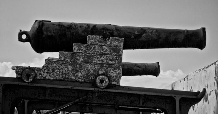 Canon at Fort Charlotte, Nassau, Bahamas   © Ricardo's Photography/Flickr