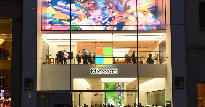 An exterior view of the unveiling of an original art installation created by renowned artist Tabor Robak for the Flagship Microsoft Store. © Photo by Dave Kotinsky/Getty Images for Microsoft