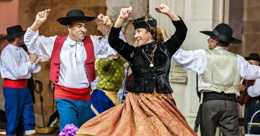 Traditional Portuguese folk dancing   © Alessandro Grussu/Flickr