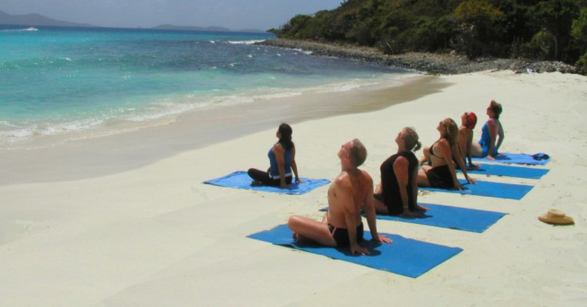 Yoga on the beach | © Katja Hasselkus / Flickr