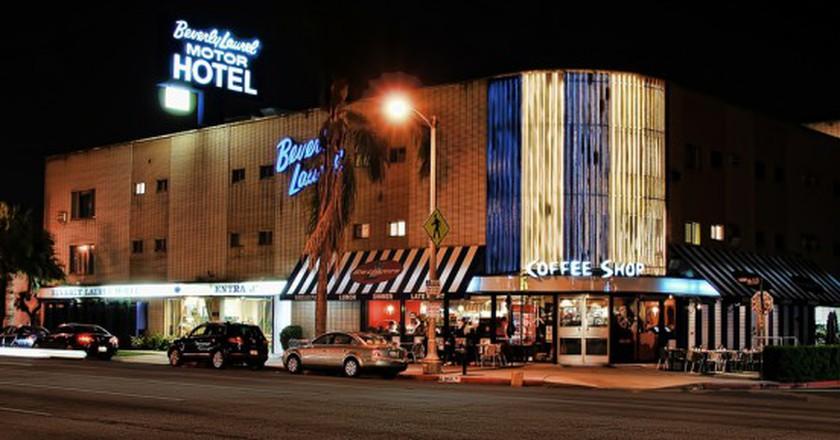 Swingers Diner and Beverly Laurel Motor Hotel   © fourbyfourblazer / Flickr