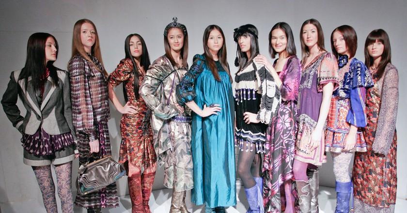 Fashion bloggers © Kris Krug/Wikimedia CC
