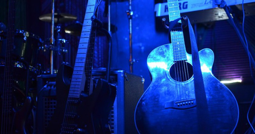 Guitars and Sound System | © moronistaffmarie/Pixabay