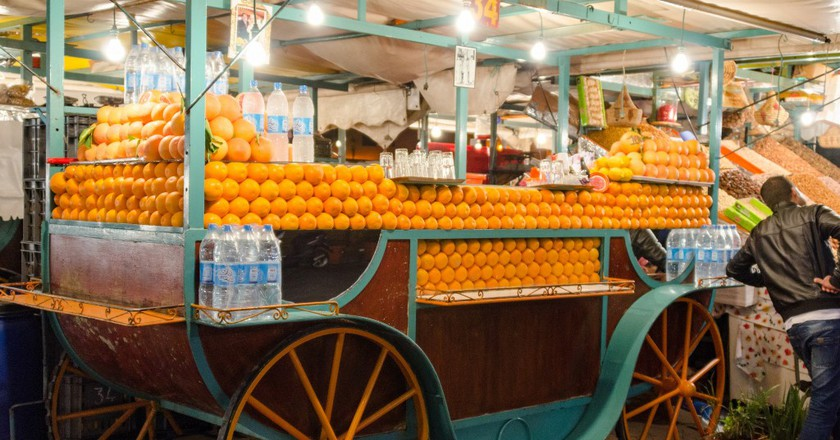 Orange juice vendor in Marrakesh   © xiquinhosilva / Flickr