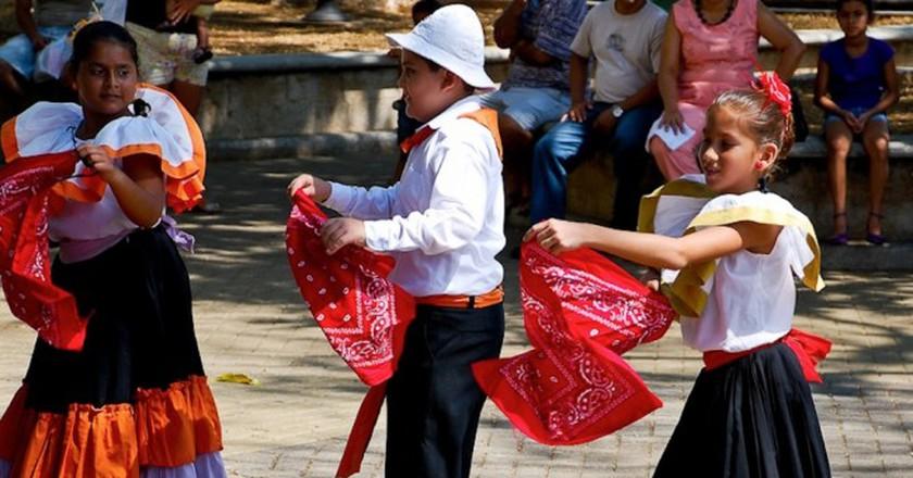 Traditional Costa Rican costumes   © Robert Ciavarro/Flickr