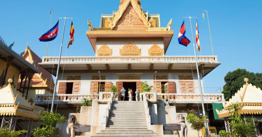 Wat Ounalom, Phnom Penh| © beibaoke/ Shutterstcok