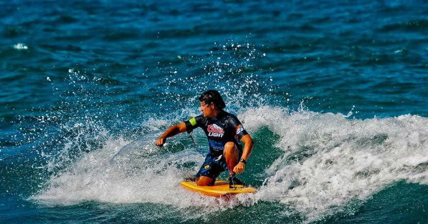 Surfing in Puerto Rico | © Ricardo Mangual/ Flickr