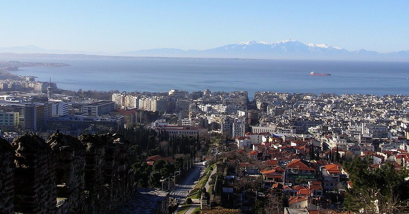 View of Thessaloniki and the Thermaic Gulf from Ano Poli in Greece   JFKennedy / Wikimedia Commons
