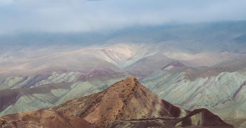 The colourful Aladaglar Mountains near Tabriz | © Julia Maudlin / Flickr