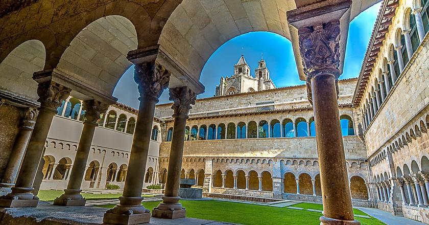 "<a href="" https://www.flickr.com/photos/luzdearte/16526995313/""> The Monastery of Sant Cugat © pere sebastian/Flickr</a>"