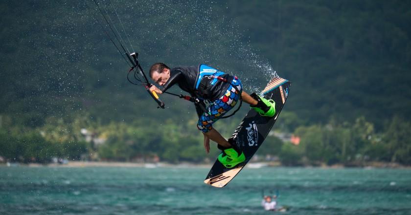 Kite surf in Mauritius|© Ludovic Lubeigt/FlickR https://www.flickr.com/photos/73796220@N04/28528948256/