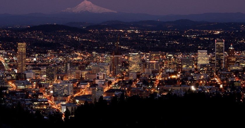 Portland at dusk   © Alejandro Rdguez / Flickr