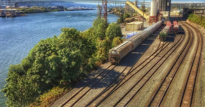Portland, OR Grain Tracks | © Ian Sane / Flickr