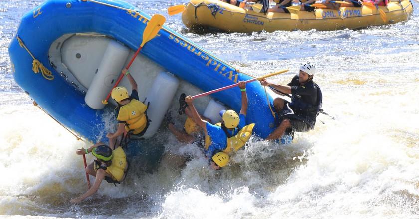 Rafting on the Ottawa River | © woodleywonderworks / Flickr