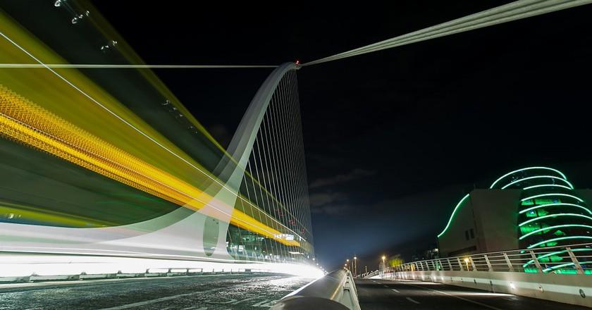 The Samuel Beckett Bridge at Night | © Greg Clarke / Flickr