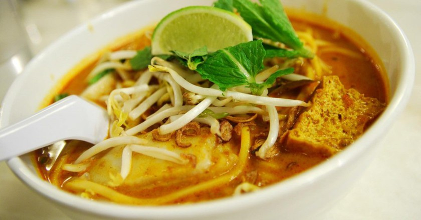 Chicken curry laksa |  © Alpha / Flickr
