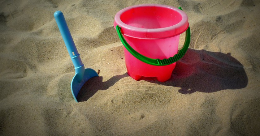 Bucket and Spade © Henry Burrows/Flickr