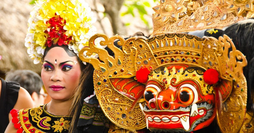 Balinese dance performers | © Shan Ambrose / Flickr