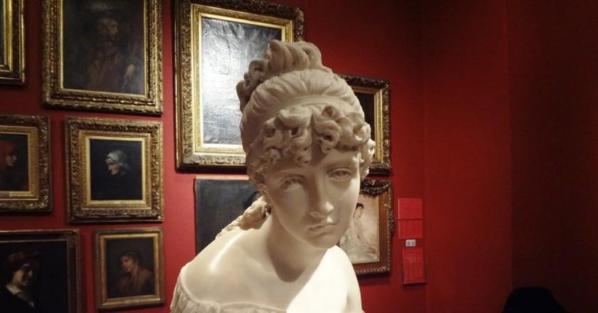 Statue at Museo Nacional de Bellas Artes in Buenos Aires, Argentina / Pixabay