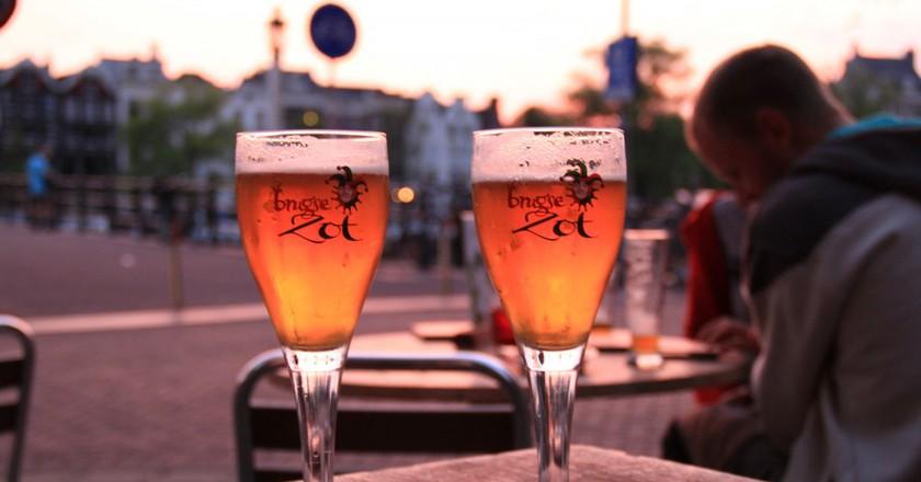 Brugse Zot, an internationally enjoyed golden from Bruges, flows underneath the medieval city like a beer artery | Frô de maracujá! / Flickr