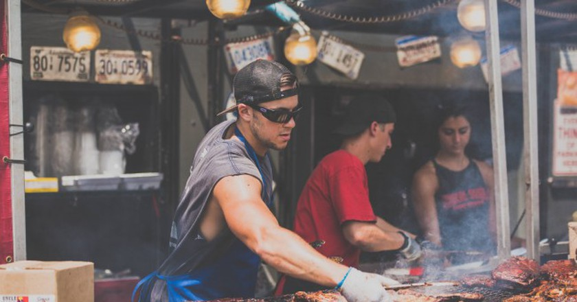 Food trucks are serving up increasingly gourmet food in Buenos Aires | © Scott Madore/Unsplash