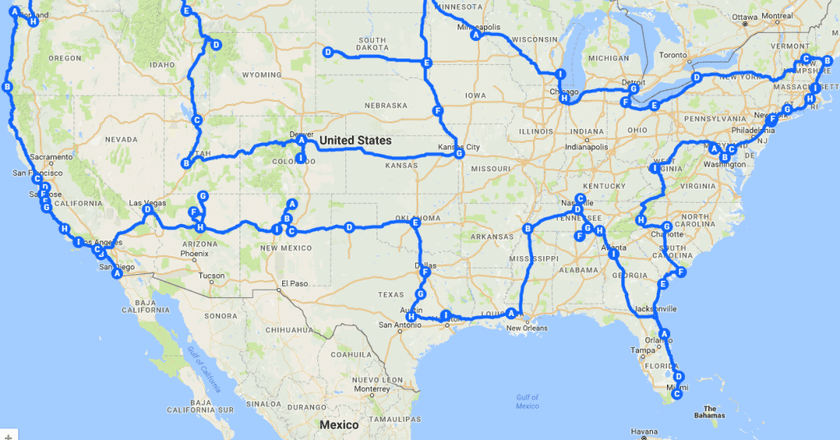 Friends Lilly and Sarah covered all 48 mainland states, 39 cities and drove well over 13,650 miles | © Pretenniless